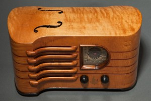 emerson-ch-256-violin-radio-strad-maple_1(1)